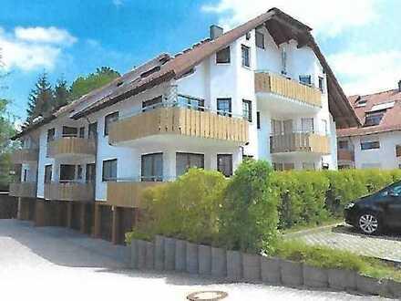 Schöne 2-Zimmer-Erdgeschosswohnung mit Balkon und EBK in Schömberg