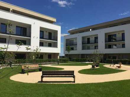 Erstbezug mit Einbauküche und Balkon: Geschmackvolle Wohnung mit 3 Zimmern in Rosbach vor der Höhe