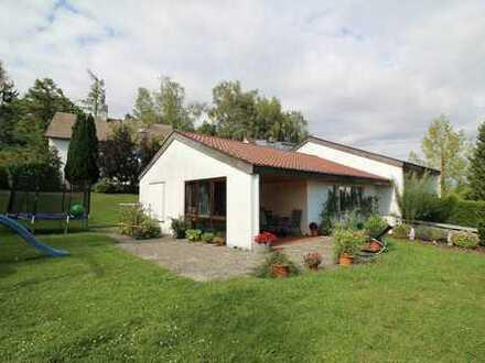 """Großzügiges Architektenhaus im Wohngebiet """"Eichbühl"""" in Ostrach!"""