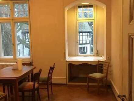 Schönes Südzimmer in Wiehre-Villen-WG – optional zusätzliches Minizimmer