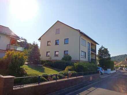 Großzügige helle Drei-Zimmer-Wohnung in Gelnhausen-Meerholz in Dreifamilienhaus
