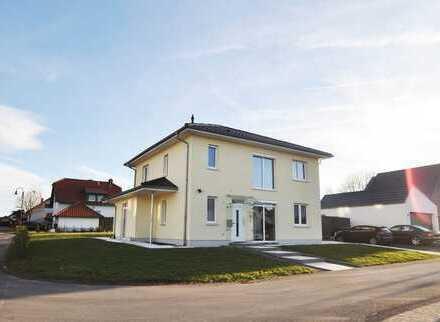 Kelberg: Neuwertiges, gepflegtes Einfamilienhaus in hochwertiger Bauausführung