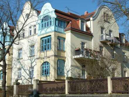 2-Zimmer-Wohnung mit eigenem Gartenanteil und Terrasse in Dresden