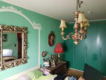 vermietete 2-Zimmer-Wohnung mit Balkon in Augsburg-Hochzoll