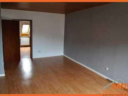 3 Zimmer, Küche, Tageslichtbadbad mit Wanne mit Naheblick ruhig gelegen