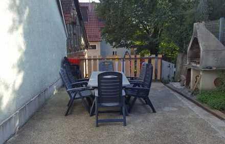 3-Familienhaus zentral mit schönem Garten.Plus Scheune zum ausbauen.