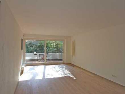 Bestlage Menterschwaige: Ruhige, helle 2-Zimmer-Wohnung mit Südostbalkon
