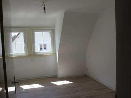 Vollständig renovierte Dachgeschosswohnung mit drei Zimmern in Freudenstadt