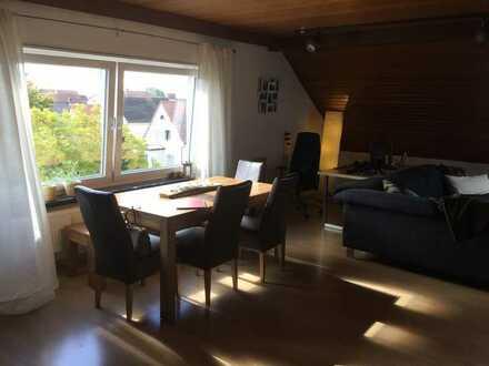 Helle und geräumige Dachgeschosswohnung in Heuchelheim bei Frankenthal