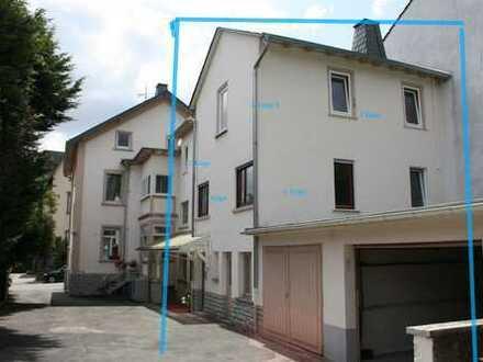 5-Zimmer-Hausteil üb. 3 Etagen m. 2 sep. Wohnungen und kl. Gartenanteil - Nähe Jubiläumspark