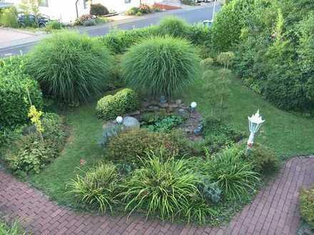 Zeitlos elegantes Einfamilienhaus mit viel Platz und schönem Garten **Pool**