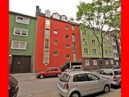 Schöne, gepflegte 3,5 Zimmer Wohnung mit Balkon und Garage in zentraler Lage