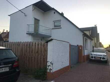 FC Immoha++ Solides und fast neuwertiges Haus mit 5 Zimmern und zwei Tageslichtbädern!