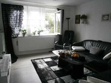 Gemütliche 3-Zimmer-Etagenwohnung mit Garten und Garage in zentraler Lage!