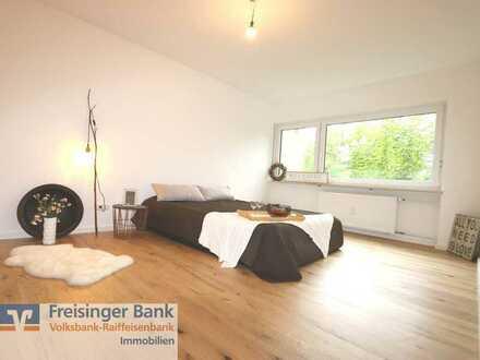 Eintreten und einziehen - komplett modernisierte 2 Zimmer Wohnung mit Balkon in Moosburg