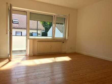 Erstbezug nach Sanierung: ansprechende 2-Zimmer-Wohnung mit Balkon in Aschaffenburg
