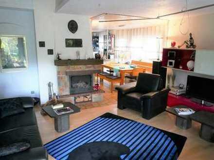 Schöne Doppelhaushälfte in guter Wohnlage von Denkendorf