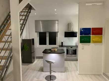 912 €, 80 m², 2 Zimmer
