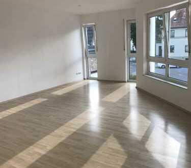 Schöne ,sehr helle 3-Zimmer Wohnung in Bonn Röttgen