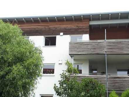 Tolle Lage, Etting, 2,5-Zimmer-DG-Wohnung, Balkon, EBK, TG-Stellpl., sehr geringe Nebenkosten
