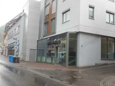 Großzügige moderne Gewerbefläche für Einzelhandel, alternativ auch Büro oder Dienstleistung