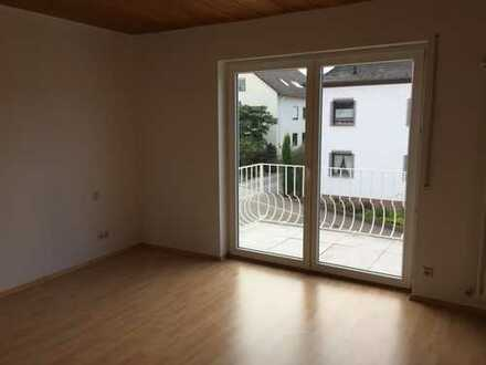 Schönes Haus mit fünf Zimmern in Südliche Weinstraße (Kreis), Herxheim bei Landau/Pfalz