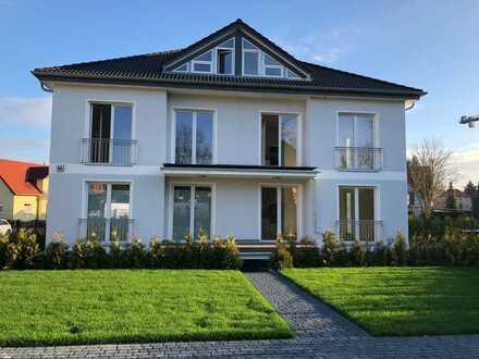 Neuwertig mit EBK und Balkon: stilvolle 4-Zimmer-Maisonette-Wohnung in Grünheide OT Fangschleuse