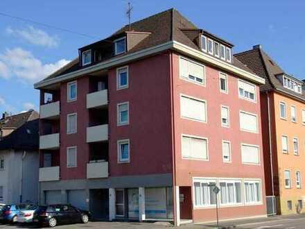 Heilbronn-Ost, Anlageobjekt, Globalverkauf, 5 Wohn., 1 Gewerbeeinheit, 2 Garagen (alles vermietet)