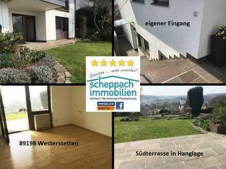 Eigener Eingang mit Sonnenterrasse und Weitsicht in Hanglage - inkl. EBK - Westerstetten!