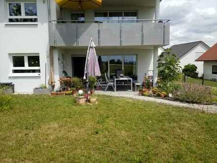 Schöne helle, geräumige fünf Zimmer Wohnung in Ludwigsburg (Kreis), Oberstenfeld
