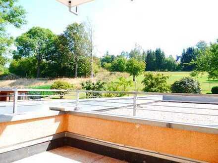 Schöne 3-Raumwohnung mit Balkon ins Grüne