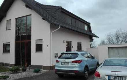 Schönes Haus mit sechs Zimmern mit unverbaubaren Ausblick