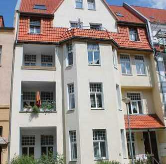2-Raum mit EBK+Balkon und Blick ins Grüne