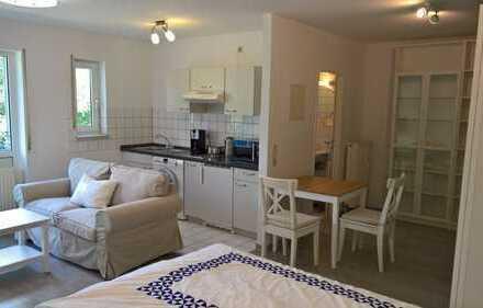 Schöne, voll möblierte Wohnung mit Tiefgarage und S-Bahn Nähe in Esslingen