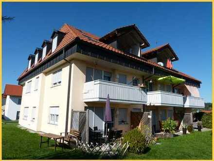 Sonnige, top gepflegte 3-Zi.-EG-Whg. mit Terrasse, TG und KFZ-Stellplatz in Obergünzburg