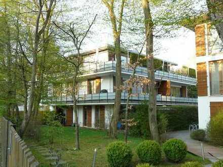 Bestlage Solln: Luxuriös-elegantes Ambiente mit offenem Kamin