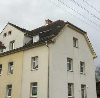 2-Raum-Wohnungim EG, Erstbezug nach Sanierung