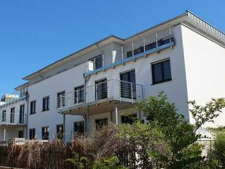 Neubauqualität! Perfekte 2 Zimmer Wohnung mit sonniger Terrasse!