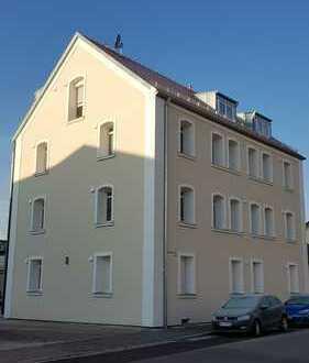 Gehobene 3-Zimmer-Erdgeschosswohnung mit kleinem Garten in Neuburg an der Donau