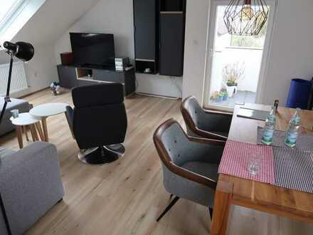 Exklusive, vollständig renovierte 3-Zimmer-DG-Wohnung mit Balkon in Weil der Stadt-Merklingen