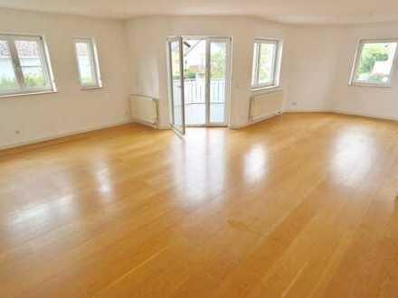Kapitalanlage! Exklusive 4-Zimmer-Maisonette-Wohnung in sehr ruhiger Lage von Eschborn!