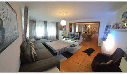Preiswerte, modernisierte 5-Zimmer-Wohnung mit Balkon, Garage und Garten in Walldürn