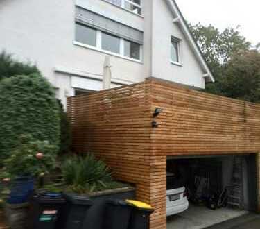 90 qm Dachgeschosswohnung,2 Z,K,B mit EBK in Bochum