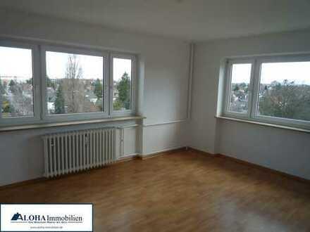 Gemütliche, großräumige 62m², 3. Zi.-Wohnung mit 2 Balkonen im 7.OG, sehr Verkehrsgünstig