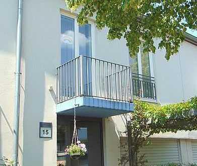 **Modernes Reihenhaus in der Gartenstadt Falkenhöh* EBK, Garage
