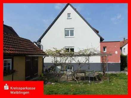 Einfamilienhaus mit großem Garten und Sommerküche!