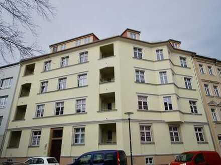 * moderne Wohnung mit Loggia in beliebter Lage *