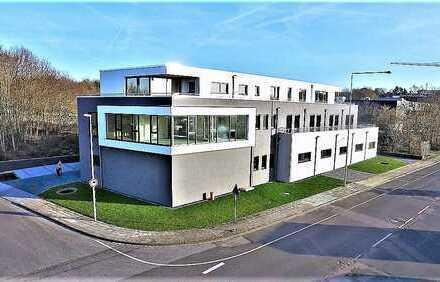 Ausgezeichnete Büro- und Praxiseinheit mit Panoramablick und sehr guter Ausstattung