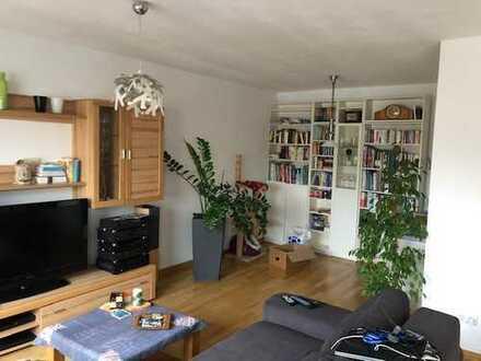 Helle + großzügige 3 Zi.-Wohnung mit guter Raumaufteilung im Europaviertel!