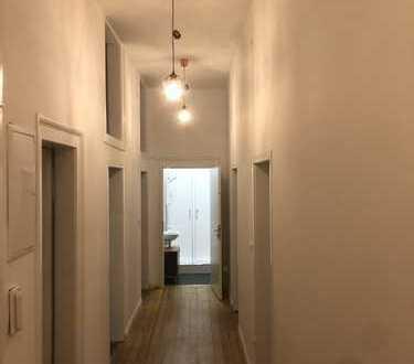 Erstbezug nach Sanierung mit Einbauküche: exklusive 4-Zimmer-Wohnung in Mannheim